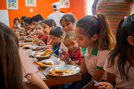 Chalice children nutrition - Dominica daily lunch program, Paraguay